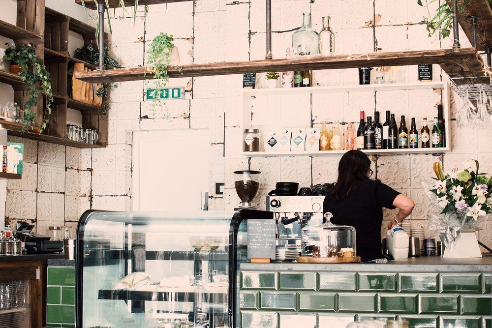 adult-bar-bar-cafe-1137745.jpg