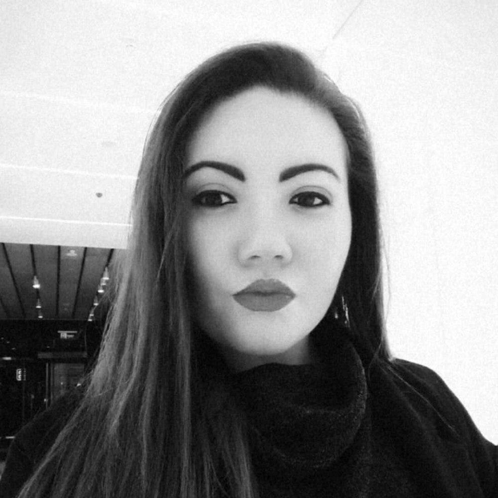 Jadeine Whiteside Fiji - BIOFACEBOOKINSTAGRAM