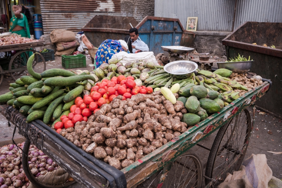 Veggies, street market, Pune