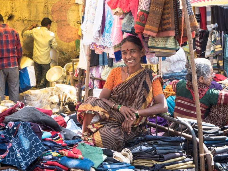 Flea market, Pune