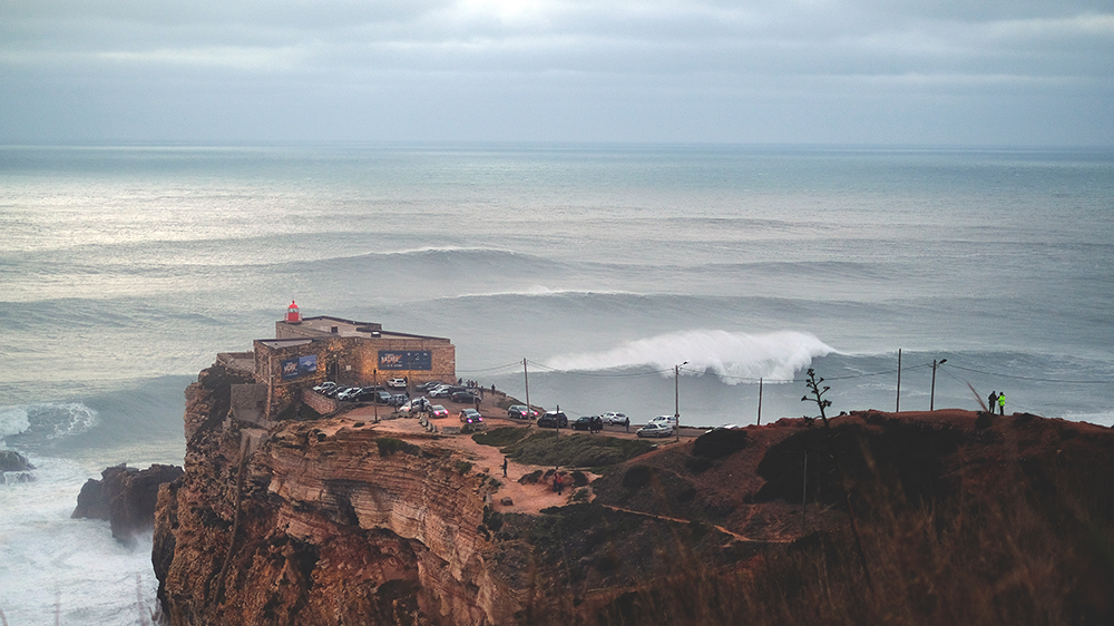 timeline-photography-nazare-lighthouse.jpg