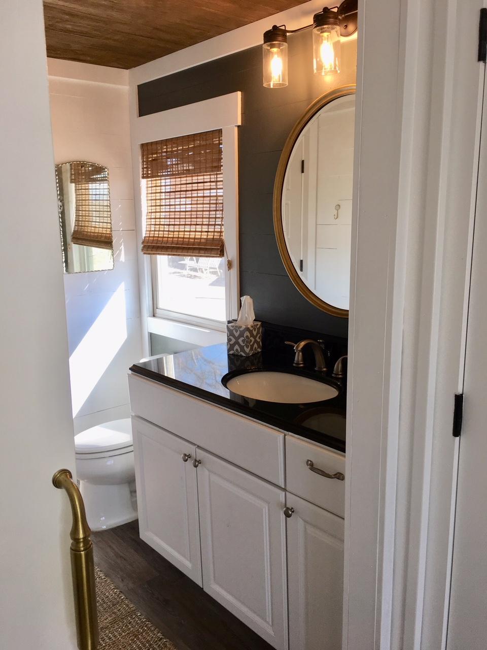 rdf bnb bathroom.JPG