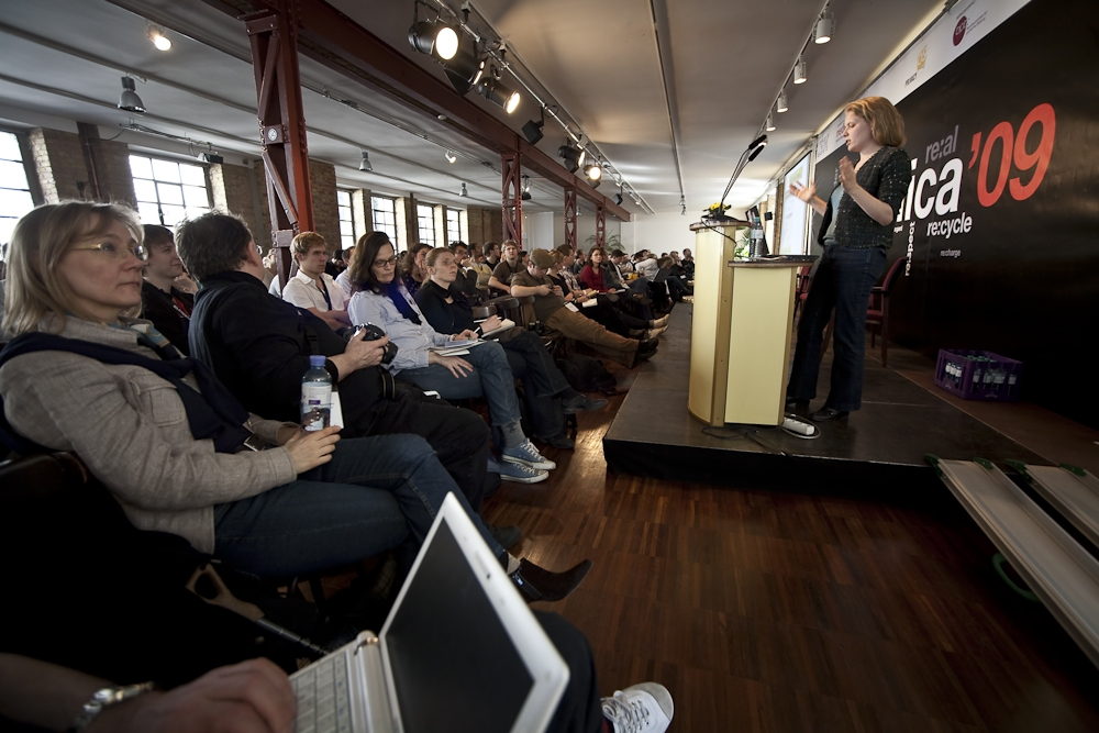 Speaking about the Obama campaign at the re:publica tech conference (Berlin, 2009)