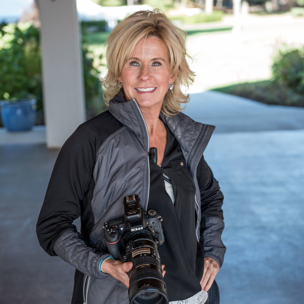 Robin - Robin is our leader of photography with 20+ years of experience in the field she has perfected the art.