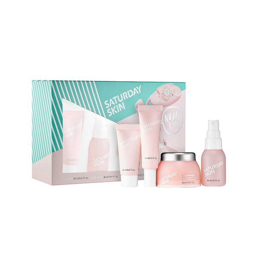 Saturday Skin No Bad Days Set - This set is amazing, it helps clear up your skin and give you that perfect