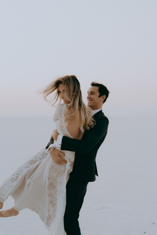 Bonneville Salt Flats Elopement- Utah Elopement Adventurous Wedding Photographer-105.jpg
