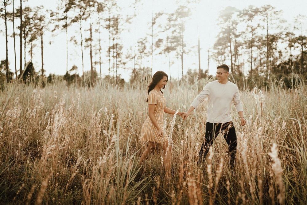 Engagement Photos-Fort Myers-Field-Nancy-1.JPG