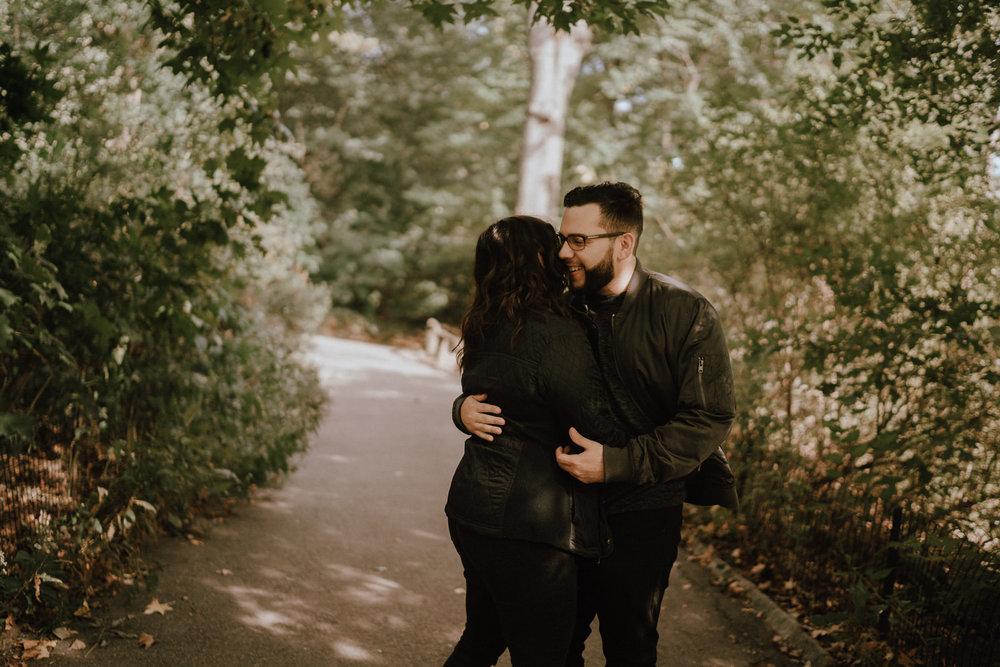 Central Park Engagement Photos-Bow Bridge-Michelle Gonzalez Photography-Alyssa and Cecilio-6.JPG