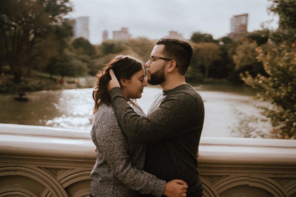 Central Park Engagement Photos-Bow Bridge-Michelle Gonzalez Photography-Alyssa and Cecilio-49.JPG