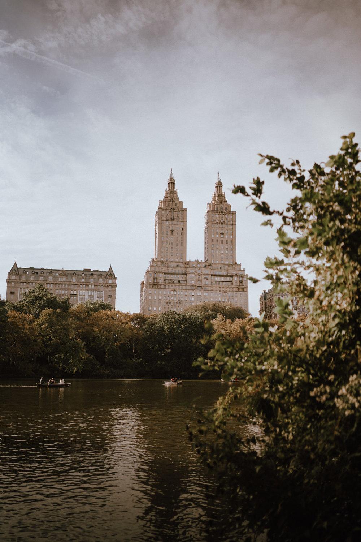 Central Park Engagement Photos-Bow Bridge-Michelle Gonzalez Photography-Alyssa and Cecilio-109.JPG