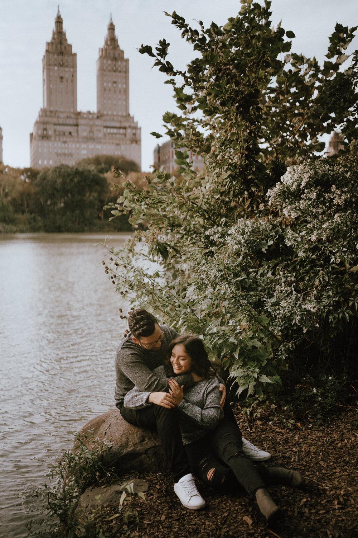 Central Park Engagement Photos-Bow Bridge-Michelle Gonzalez Photography-Alyssa and Cecilio-126.JPG