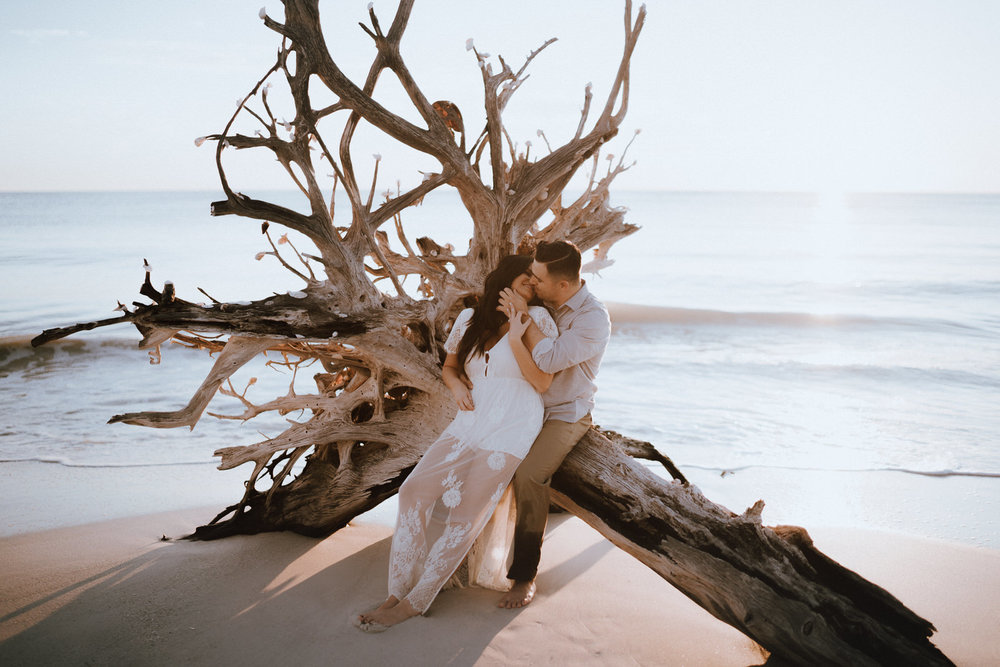 Fort Myers Engagement Photograher-Lovers Key State Park- Michelle Gonzalez Photography- Desiree and Bryan-212.JPG