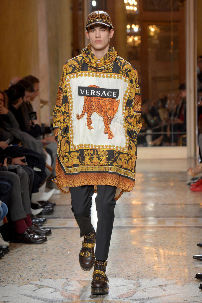 versace-mens-fall-2018-milan-fashion-week-mfw-002.jpg