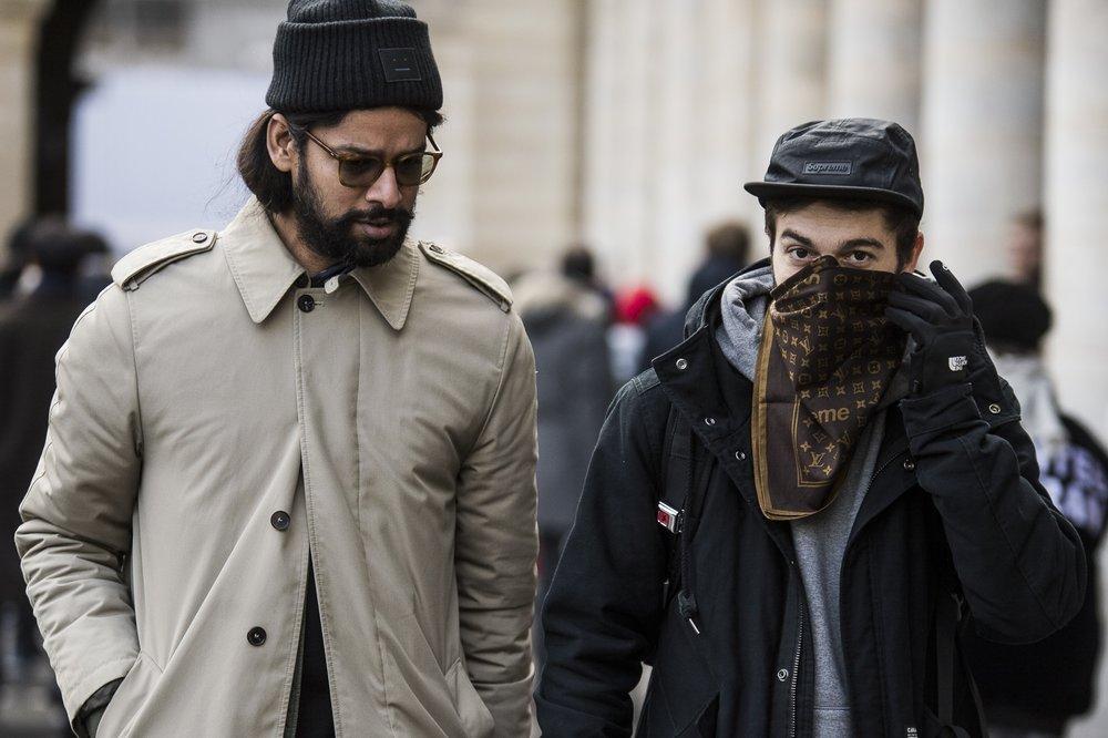 paris-fashion-week-fall-winter-2018-street-style-day-2-06.jpg