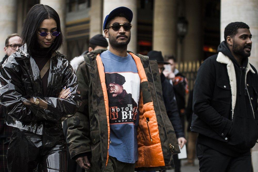paris-fashion-week-fall-winter-2018-street-style-day-2-11-1.jpg
