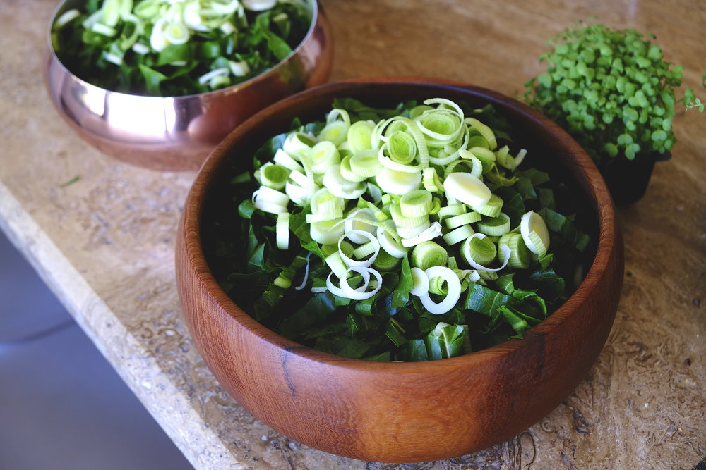 Salata raw mangold si praz_Dinner Stories.JPG