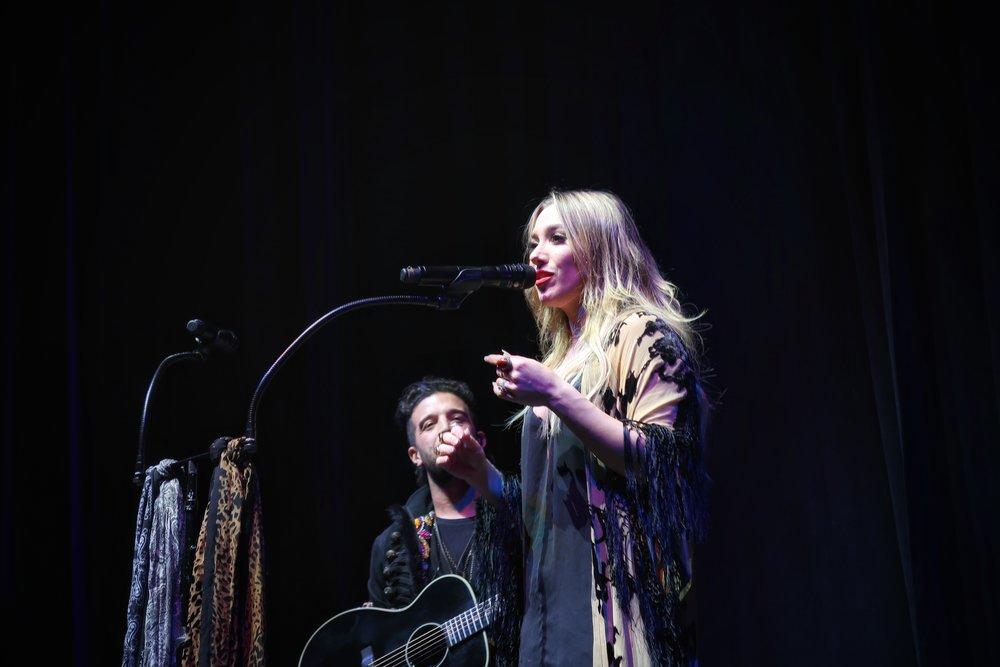 05Lindsey_Stirling_Concert_Chicago.jpg
