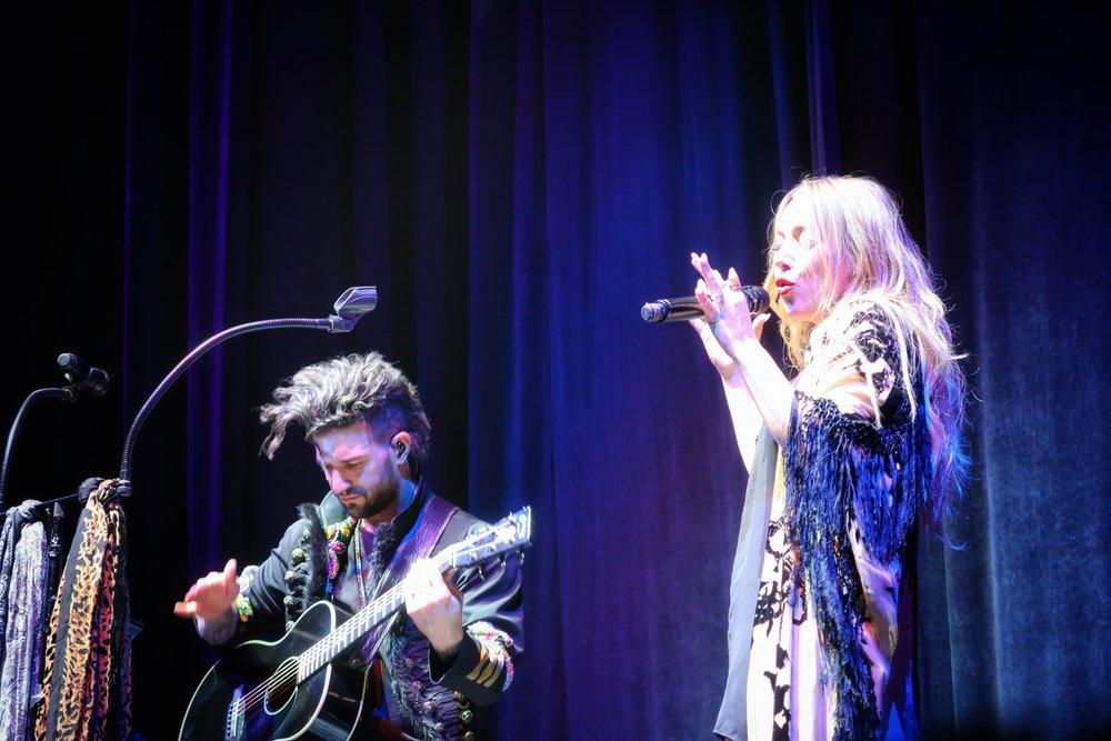 10Lindsey_Stirling_Concert_Chicago.jpg