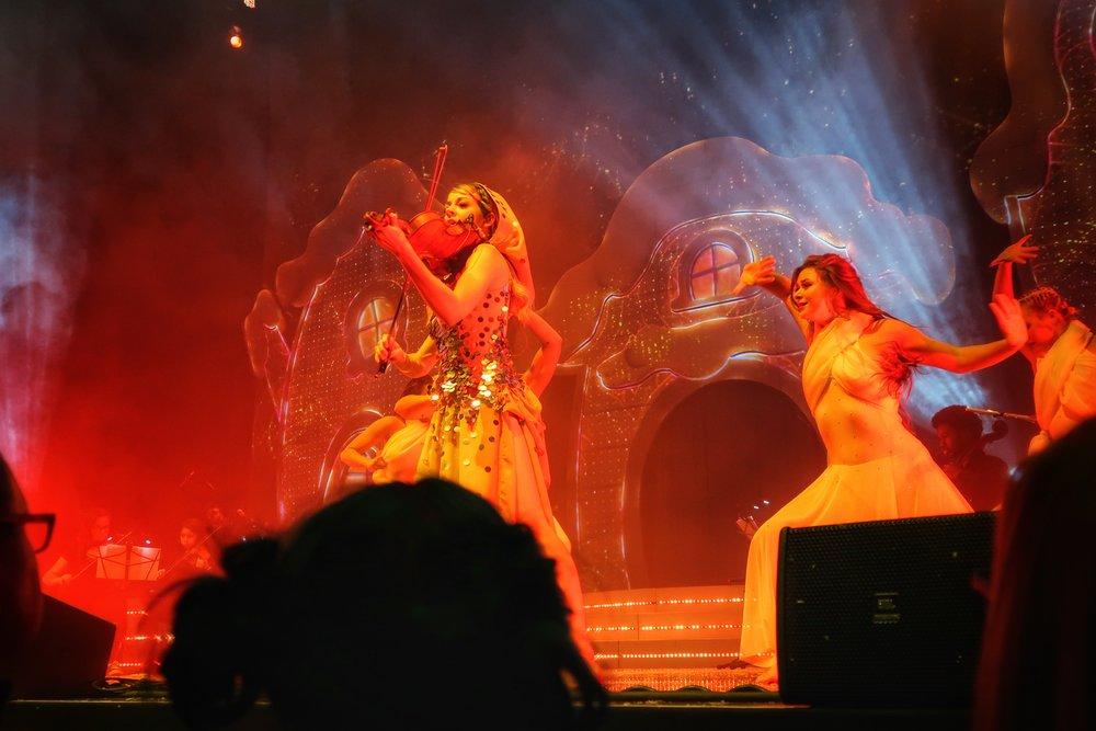 34Lindsey_Stirling_Concert_Chicago.jpg