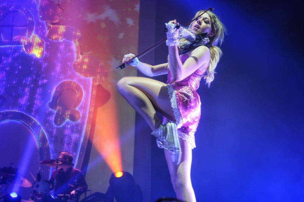 35Lindsey_Stirling_Concert_Chicago.jpg