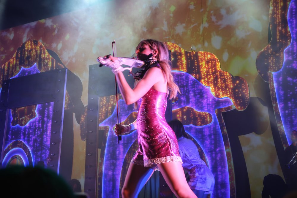 36Lindsey_Stirling_Concert_Chicago.jpg