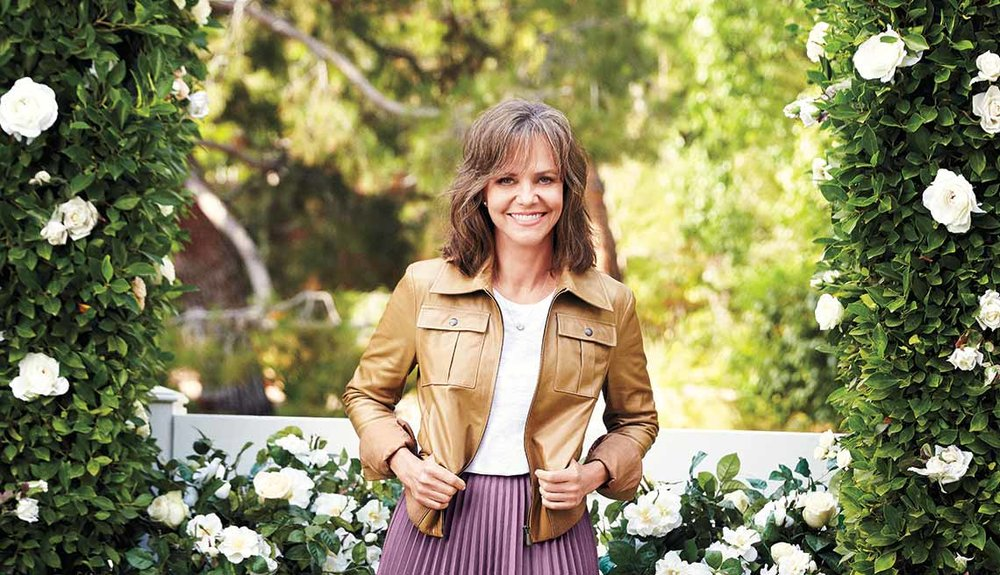 1140-sally-field-cover-flowers.imgcache.revf266a15ad0ac3e8dee60161220cfa579.jpg