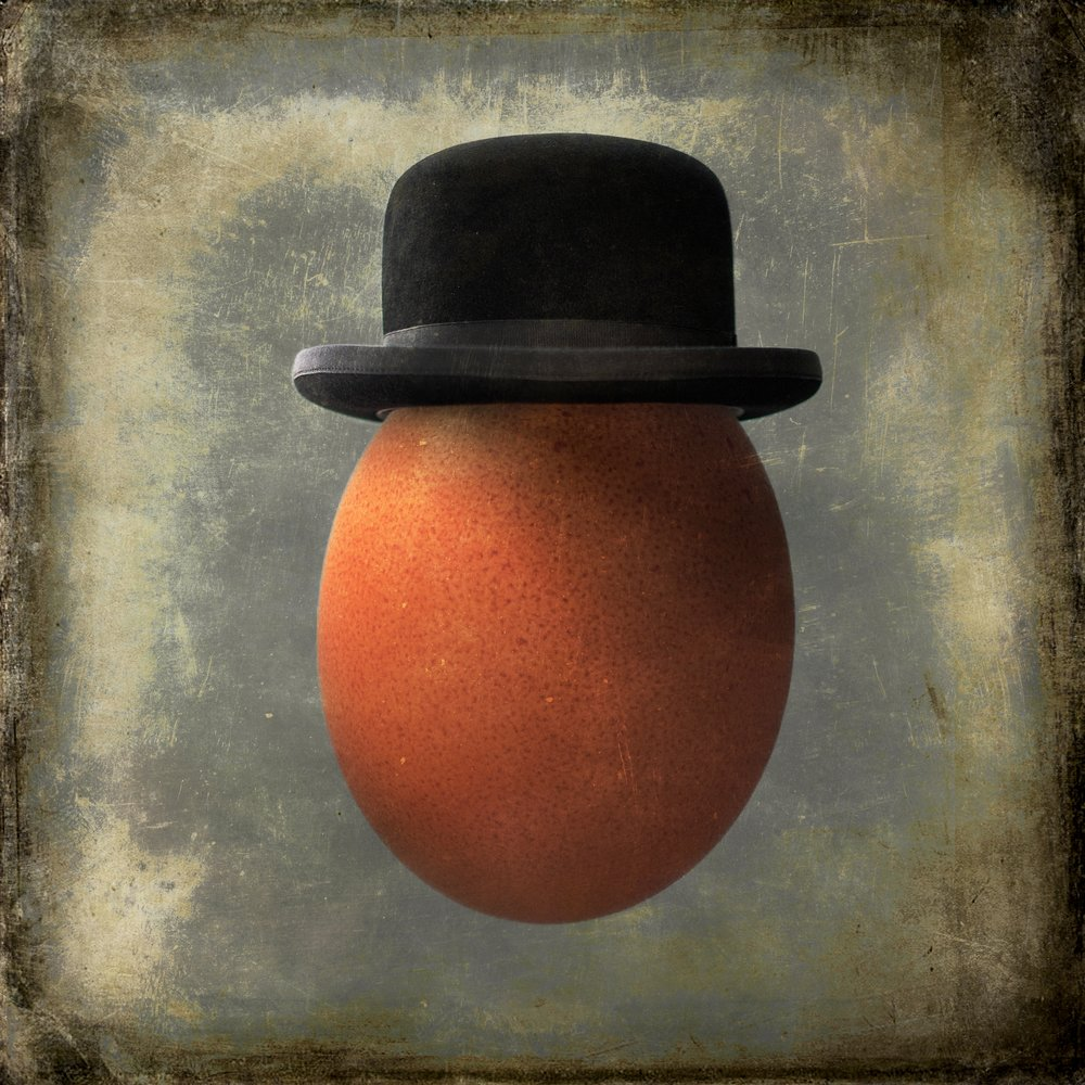 Mar, 2018 - My portrait of an Egg in a Bowler Hat has been chosen for the portrait exhibition at A Smith Gallery in Johnson City, Texas. A signed, Limited Edition print will be displayed from March 30th-May 15th. A reception for the exhibition will be held on March 31st from 4-8 pm.