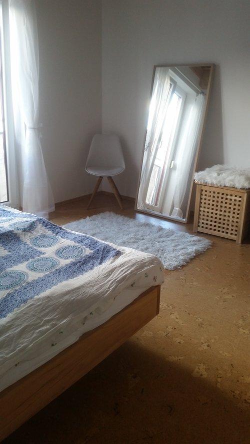 Schlafzimmer_Spiegel.jpg