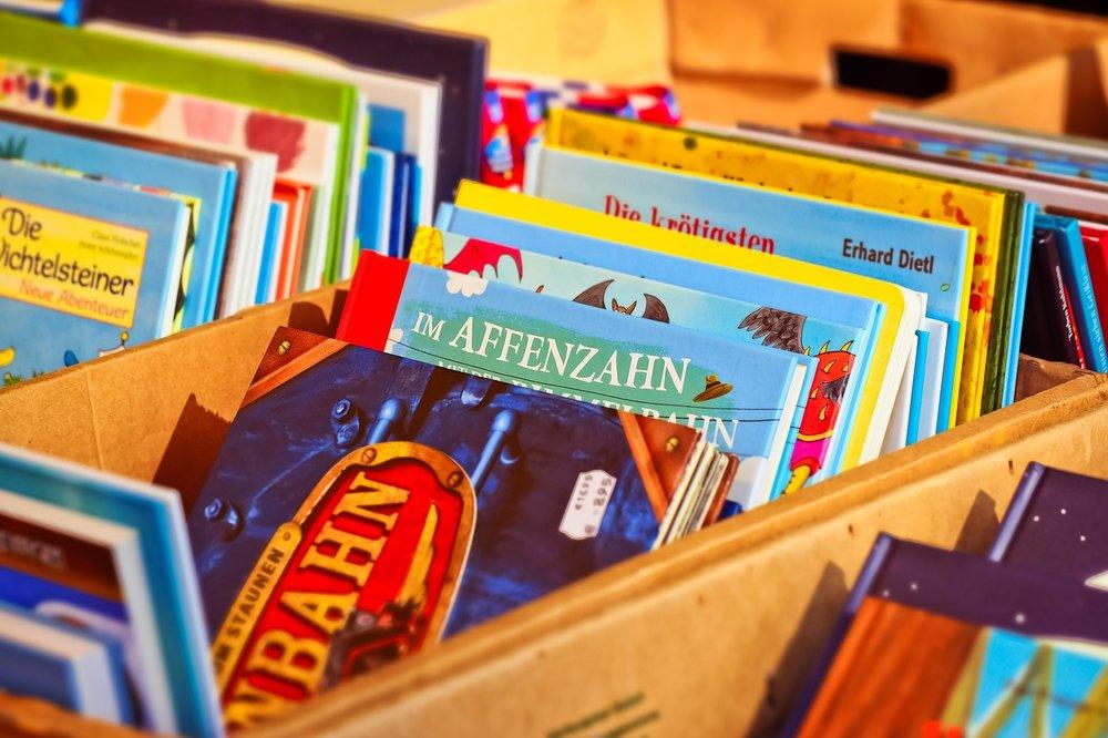 books-3482286_1280.jpg