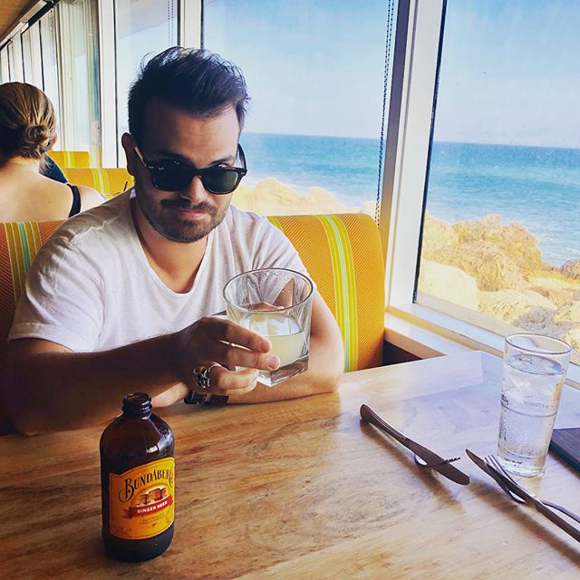 #FlashbackFriday was a few week's ago in Malibu Beach. I had the opportunity to try this delicious (and suggestive) ginger beer called Bundaberg! 😜🤘🏼 #malibu #bundaberg #gingerbeer #malibubeach