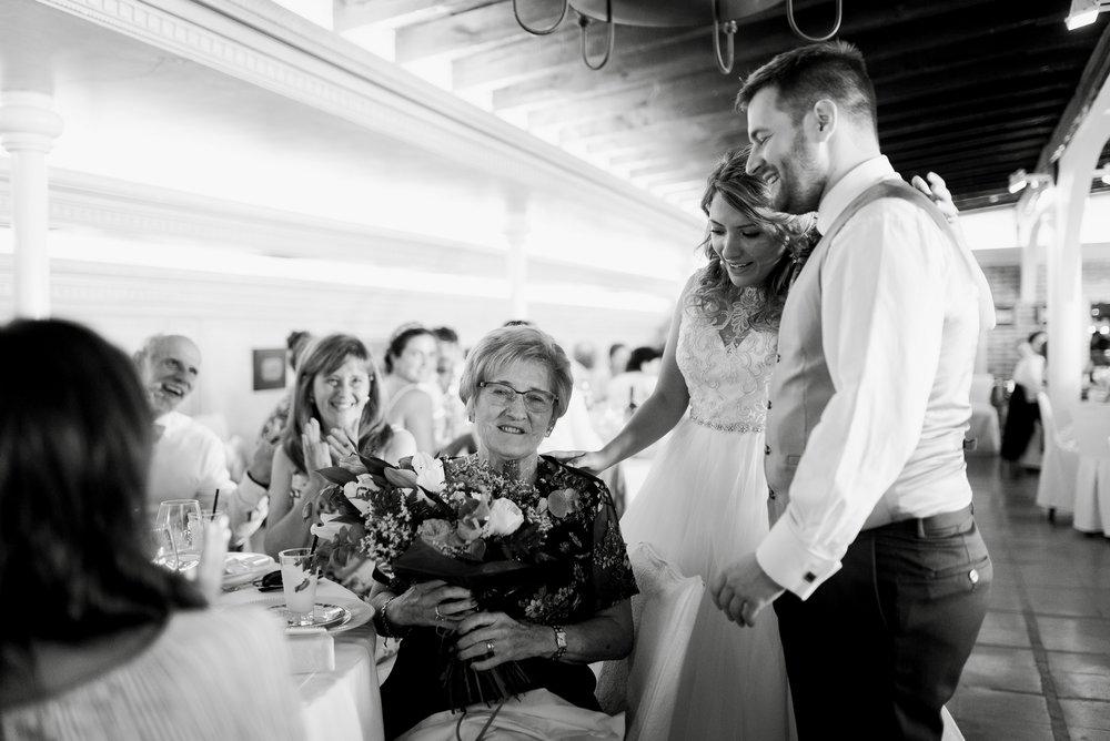 abuela ramo flores restaurante barros logroño reportaje boda