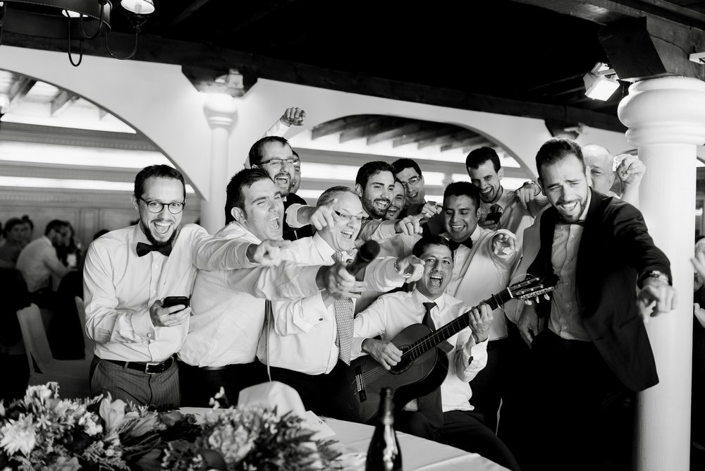 sorpresa a novios canción restaurante barros logroño boda