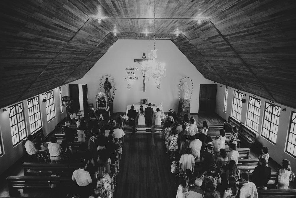 panorámica de la iglesia en oxapampa boda