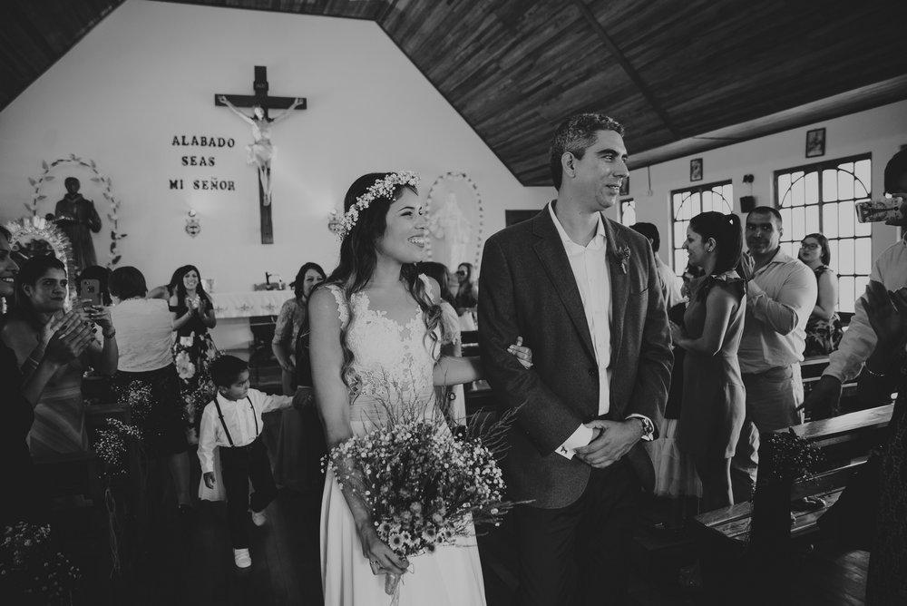 Carola y gerardo - Oxapampa - Alta ByN-505.jpg