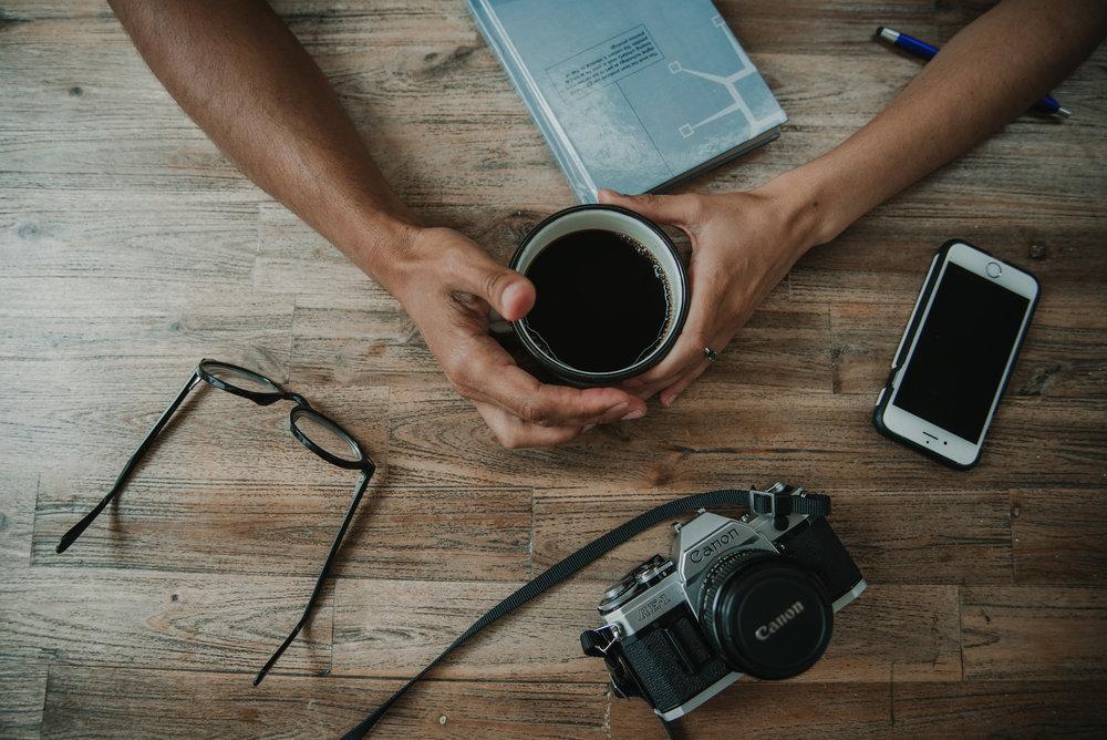 café gafas móvil cámara tomados mano preboda logroño