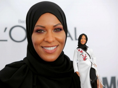 Fencer Ibtihaj Muhammad Holds The Hijab-Wearing Barbie