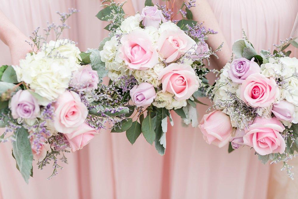 Blush_Spring_Wedding_Darby_House_Columbus30.jpg