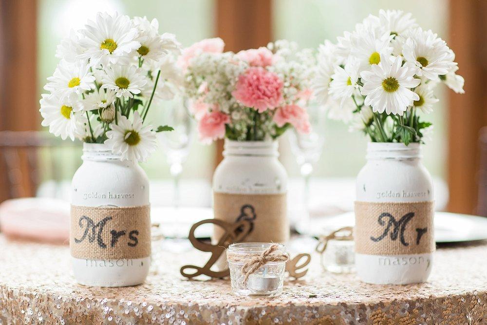 Blush_Spring_Wedding_Darby_House_Columbus43.jpg