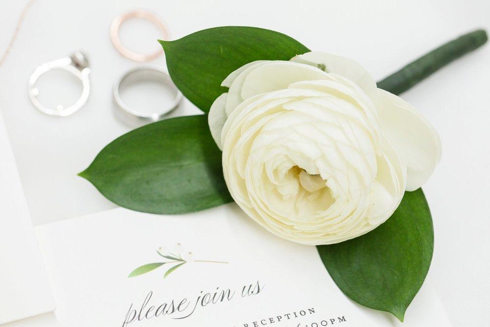 Michelle_Joy_Photography_Ohio_Statehouse_Wedding__5.jpg