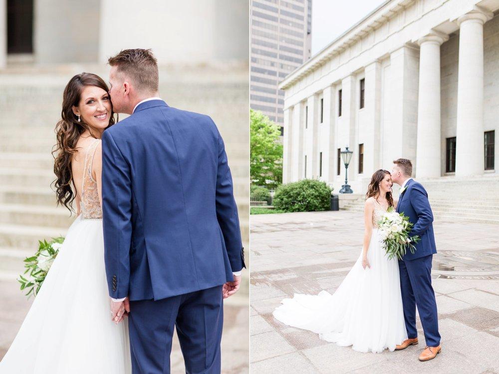 Michelle_Joy_Photography_Ohio_Statehouse_Wedding__13.jpg