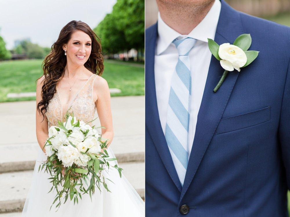 Michelle_Joy_Photography_Ohio_Statehouse_Wedding__29.jpg