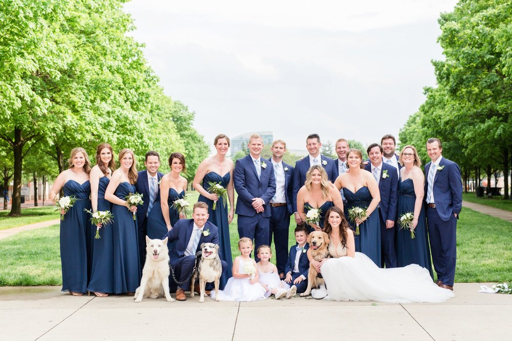 Michelle_Joy_Photography_Ohio_Statehouse_Wedding__31.jpg