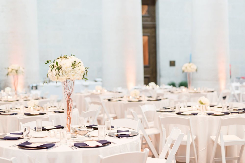Michelle_Joy_Photography_Ohio_Statehouse_Wedding__38.jpg