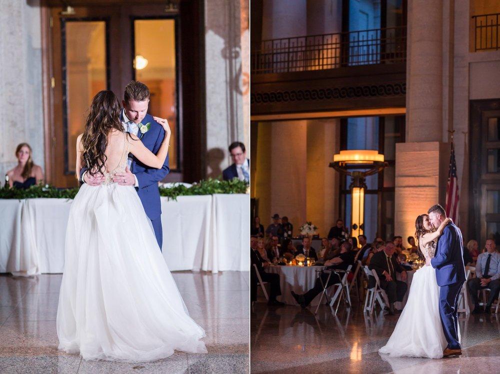 Michelle_Joy_Photography_Ohio_Statehouse_Wedding__46.jpg