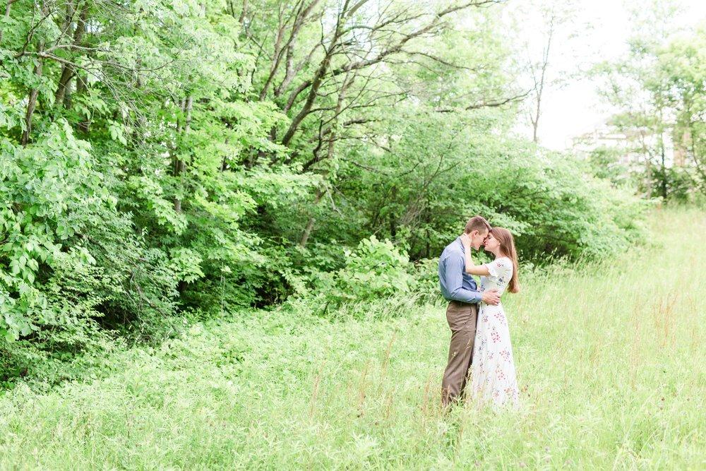 Michelle_Joy_Photography_Cedarville_Ohio_Engagement14.jpg