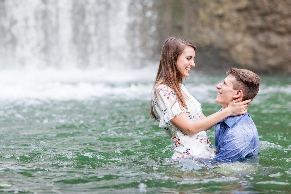 Michelle_Joy_Photography_Cedarville_Ohio_Engagement29.jpg