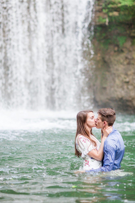 Michelle_Joy_Photography_Cedarville_Ohio_Engagement28.jpg
