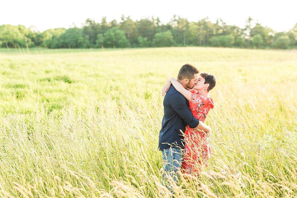 Michelle_Joy_Photography_Scioto_Grove_Engagement_12.jpg