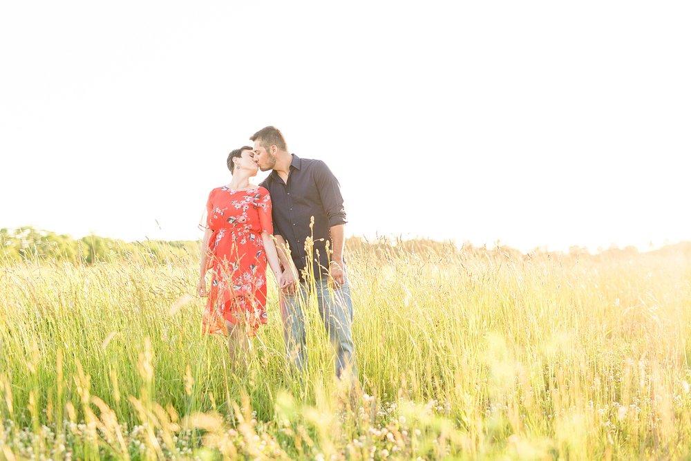Michelle_Joy_Photography_Scioto_Grove_Engagement_20.jpg