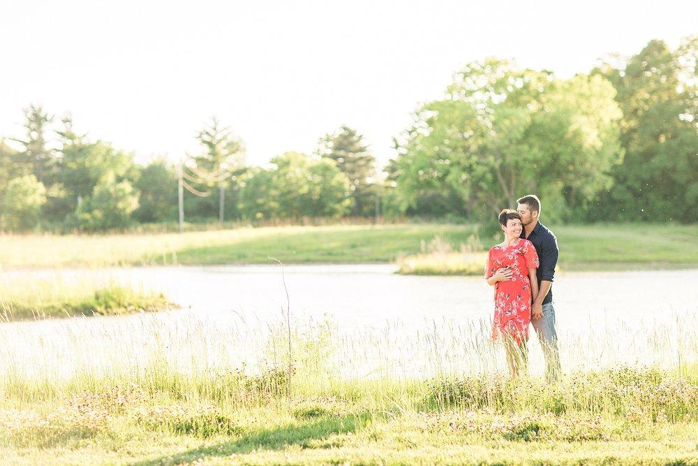 Michelle_Joy_Photography_Scioto_Grove_Engagement_22.jpg